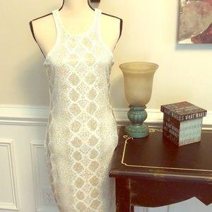 Gorgeous white dress cache